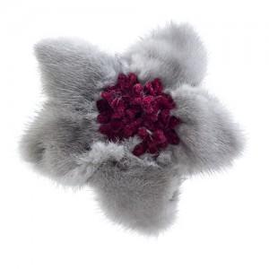 Nerz-Clip, Grau mit Samtblüten