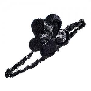 Pailettenbando mit schwarzer Blüte, Schwarz