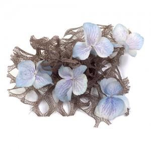 Haarclip Blüten auf groben Schleier