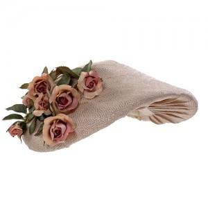 Sisalkappe mit Rosen