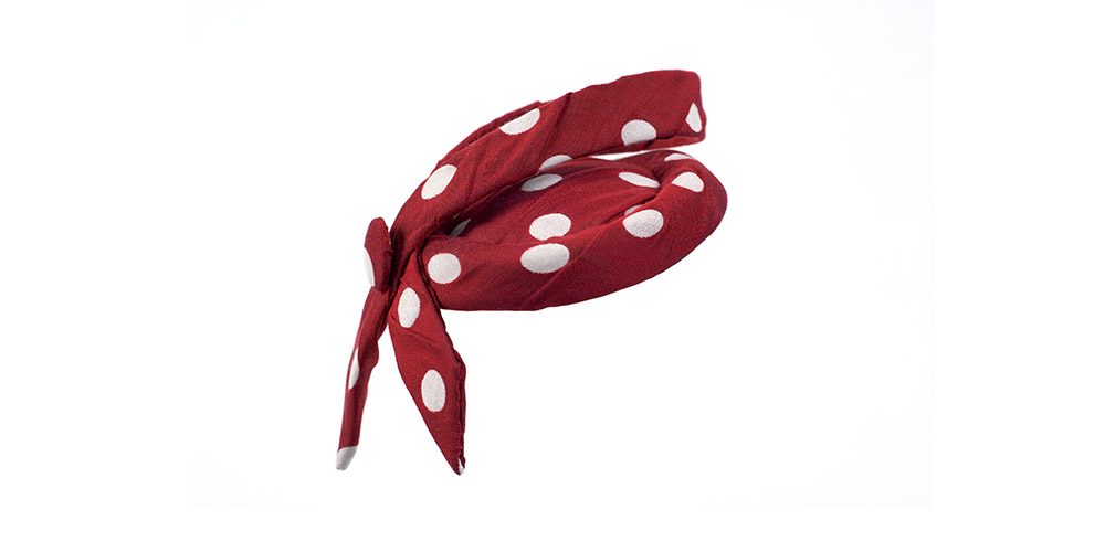 Punkte-Toque rot/weiß mit Schluppe