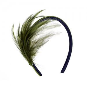 Satin-Haarreif mit grünen Federn und Swarowskis